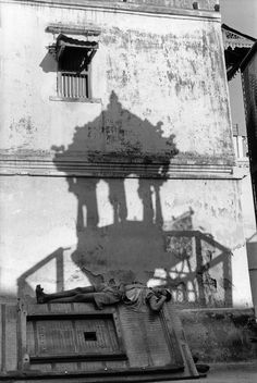 Henri Cartier-Bresson  INDIA. Gujarat. Ahmedabad. 1966. In the old town.