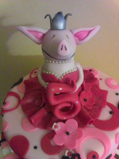 Olivia the pig cake BY simplycreative2