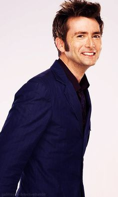 """""""David Tennant-- It's impossible, literally impossible, not to smile when he is smiling."""" Pinned for the comment because the Doctor always says it's impossible, even when it just happened. David Tennant, Doctor Who 10, 10th Doctor, Jessica Jones, Disneysea Tokyo, Saga Harry Potter, Fandoms, Don't Blink, Torchwood"""