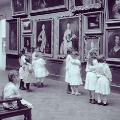This photograph of children in the galleries was taken in 1913.
