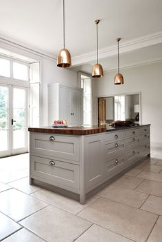 Old Rectory, Surrey, Bespoke Kitchen Design, Handmade Kitchen, Beautiful Kitchen, Bespoke Interiors #bespokekitchendesign www.figura.co.uk