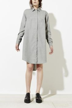 LAYLA SHIRT DRESS IN GREY. Stylish casual minimalist outfit | Minimalist grey shirt dress | Capsule wardrobe | Slow fashion | | Minimalist style | Stylish business casual | Scandinavian casual wear | Stylish work outfit by Behno