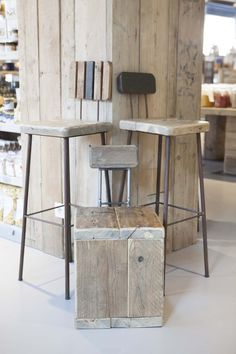 Costanza Algranti per Fiorital , Padova, 2015 Stool, Recycling, Beautiful Things, Lab, Projects, Furniture, Home Decor, Padua, Log Projects
