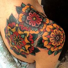 Beautiful Tattoos for Women Neue Tattoos, Body Art Tattoos, Sleeve Tattoos, Tatoos, Piercing Tattoo, Piercings, Trendy Tattoos, Tattoos For Guys, Tattoos For Women