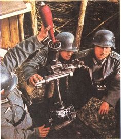 German mortar crew training with a 8-cm Granatwerfer 34 mortar, circa 1934-1939