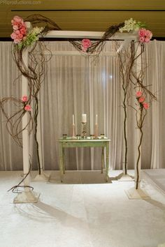 DIY Simple wedding altar - do your own decorations   Keywords: #weddings #jevelweddingplanning Follow Us: www.jevelweddingplanning.com  www.facebook.com/jevelweddingplanning/