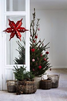 58 Gorgeous Farmhouse Christmas Tree Decoration Ideas - Page 2 of 58 - Choti Decor