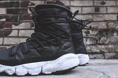 NIKE FOOTSCAPE ROUTE SNEAKERBOOT SP PACK - Sneaker Freaker