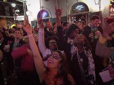 #happy #mardigras #bourbon #nola #downtown #la #mardigras2016 #february2016 #endymion #parade #beads #midsemester #break #vacation #thebigeasy #americano #royalstreet #amerika #frenchquarter #fest #joy #fantastic #street #nolanights #nolalove #mask #green #yellow #purple by gullseli