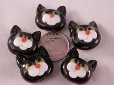 Clay Beads, Lampwork Beads, Beads Of Courage, Halloween Jewelry, Glass Animals, Clay Creations, Bead Art, Fused Glass, Glass Art