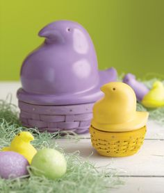 The Longaberger Collector Club Members agree: The PEEPS® baskets are too cute and a have-to-have! Christmas Baskets, Easter Baskets, Easter Peeps, Happy Easter, Creative Writing Classes, Big Friends, Here Comes Peter Cottontail, Marshmallow Treats, About Easter