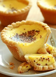 Amazing Pinterest world: Egg custard tarts                                                                                                                                                                                 More
