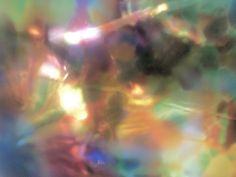 Vasão de cores de uma cabeça de vidro com pensamentos transparentes