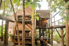 Check out this awesome listing on Airbnb: Mon Sam Kien HomeStay - Hostels for Rent in Tambon Mae Ka - Get $25 credit with Airbnb if you sign up with this link http://www.airbnb.com/c/groberts22