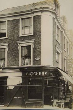 93 Junction Road in 1904 now Map Gift Shop, one of the independent businesses we are working with in Archway.