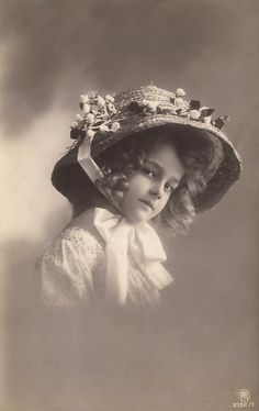 Grete Reinwald Famous Edwardian German Stage by TheVintageProphecy: