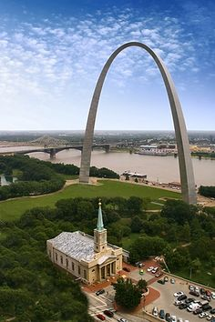 A detailed, lavishly illustrated history of the Gateway Arch and its Museum, its architecture and the quirky social phenomena that has surrounded it in St. Saint Louis Arch, St Louis Mo, St Louis Gateway Arch, Oh The Places You'll Go, Great Places, Kansas City Missouri, Missouri Arch, Beautiful Buildings, Beautiful Places