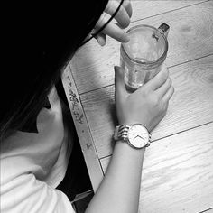 It's a memory that had a drink with friends in school time. #watches #college…
