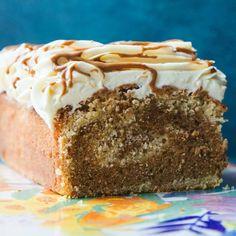 Biscoff Recipes, Brownie Recipes, Cake Recipes, Sweet Recipes, Dessert Recipes, Desserts, White Chocolate Icing, Chocolate Loaf Cake, Biscoff Cake