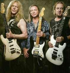 Janick Gers, Dave Murray and Adrian Smith of Iron Maiden Dave Murray, Pet Shop Boys, Heavy Metal Music, Heavy Metal Bands, Hard Rock, Black Metal, Iron Maiden Albums, Rock N Roll, Iron Maiden Band