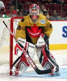 Brodeur 2004 World Cup Champion Goalie Gear, Goalie Mask, Hockey Goalie, Hockey Teams, Ice Hockey, Hockey Stuff, Hockey Posters, Martin Brodeur, Hockey Rules