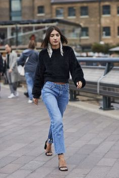75 streetstyle images of the Fashion Week in London   Vogue Ukraine