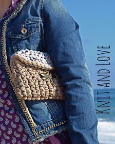 Bolso Liv, tienda online con productos preciosos como este y muchos más  www.knitandloveshop.com