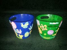 $1 plastic ice bins and foam stickers and letters. Make your own Easter basket! My kids enjoyed this! Make Your Own, Make It Yourself, How To Make, Basket Ideas, Easter Baskets, Planter Pots, Ice, Plastic, Letters