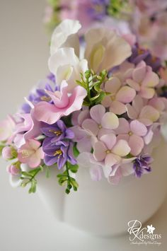 Ideas For Cake Decorating Flowers Gum Paste Beautiful - Cake Decorating Simple Ideen Sugar Paste Flowers, Icing Flowers, Fondant Flowers, Clay Flowers, Edible Flowers, Fondant Bow, Fondant Tutorial, Fondant Cakes, Cupcake Cakes