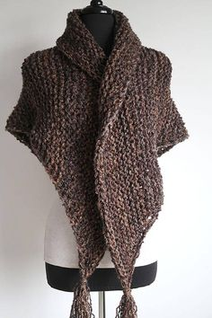Outlander Inspired Rustic Dark Brown Color Knitted Chunky Boucle Yarn Shawl Wrap Stole with Tassels Knitted Shawls, Crochet Shawl, Knit Crochet, Shawl Patterns, Knitting Patterns, Outlander Knitting, Outlander Tv, Addams Family Costumes, Boucle Yarn