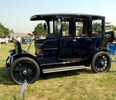 Thomas Edison's 1911 Rauch & Lang Electric Limousine