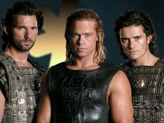Eric Bana, Brad Pitt and Orlando Bloom - sexy in any century but especially HAWT in period costume from the movie TROY. Eric Bana, Troy Film, Troy Movie, Orlando Bloom, Brad Pitt Hair, Teenager Mode, Beautiful Men Faces, Gary Oldman, Good Movies
