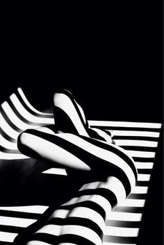 I love black and white picture i also love the lighting in this picture and how the lines make the picture stand out. White Picture, Black White Photos, Black N White, Black And White Photography, Boudoir Photography, Fine Art Photography, Space Photography, Shadow Photography, Fotografia Pb