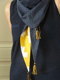 à l'identique (défi 13 est revenu!) - PIQUE & pique & colle & gramme Blusher, Neck Scarves, Tee Shirts, Dressing, Sewing, Knitting, How To Make, Pic Pic, Dit