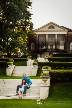 Engagement session at Cantigny Park in Wheaton, IL.