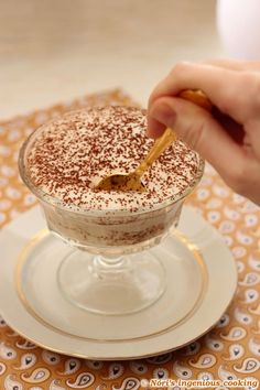 Nóri's ingenious cooking: Gluten-free vegan tiramisu that is low in carbs and doesn't taste like coconut