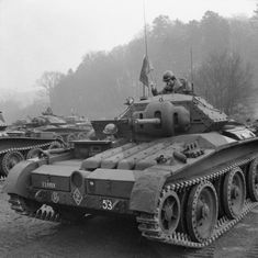 Covenanter cruiser tanks of (Armoured) Irish Guards of British Guards Armoured Division during an inspection of Southern Command, England, United Kingdom, 3 Mar 1942 Panzer Iv, Cromwell Tank, British Army, British Tanks, British Armed Forces, Armored Fighting Vehicle, Ww2 Tanks, Battle Tank, World Of Tanks