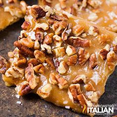 The Slow Roasted Italian - Printable Recipes: Salted Caramel Pecan Toffee Bars Homemade Toffee, Homemade Caramel Sauce, Homemade Candies, Pecan Recipes, Candy Recipes, Cooking Recipes, Pecan Desserts, Apple Recipes, Yummy Recipes