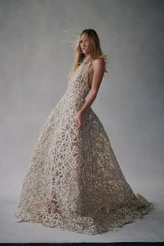 Tulle Balls, Tulle Ball Gown, Ball Gowns, Wedding Looks, Bridal Looks, Chic Wedding, Photo Glamour, Fashion News, Fashion Show