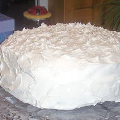 ICING/Frosting/Glaze CAKE TOPPING on Pinterest | Buttercream frosting ...