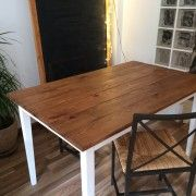 Handmade wood table by Miulas Mobles
