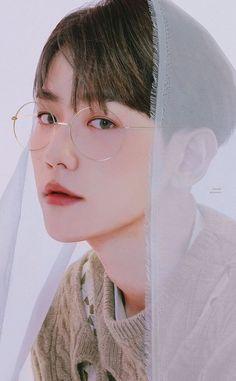 Baekhyun Fanart, Baekhyun Chanyeol, Exo Chanbaek, Exo Ot12, Chen, Baekhyun Wallpaper, Korean Boys Ulzzang, Korean Guys, Exo Album
