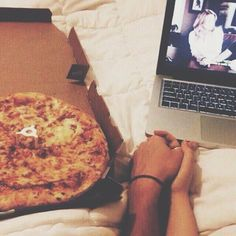 Greys Anatomy, Pizza, Cuddles!!!! Literally the definition of my relationship goals right here folks.