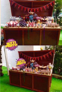 Treasure chest candie table, mesa de dulces de cofre del tesoro, mesa de dulces pirata, mesa de dulces jake y los piratas