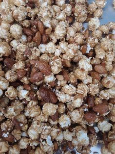 A close up of our Almond Chuncky Crunchy caramel corn.