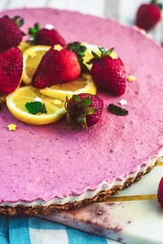 Raw Lemon And Strawberry Cheesecake vegan gluten-free