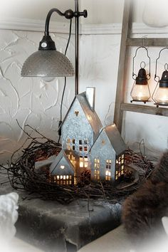 cute idea for table scape - could spray paint silver or cover my luminaries in non shiny side of albumin foil.