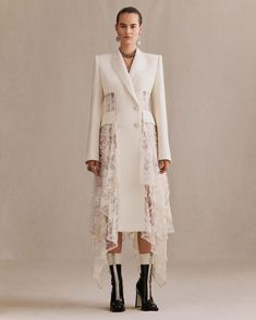 A draped white wool silk tuxedo evening jacket featuring heritage McQueen Sarabande lace corset panels and a pom pom drape trim. From the Alexander McQueen Autumn/Winter 2018 collection. Haute Couture Style, Couture Mode, Couture Fashion, Fashion 2020, Runway Fashion, High Fashion, Fashion Details, Fashion Design, Lace Corset