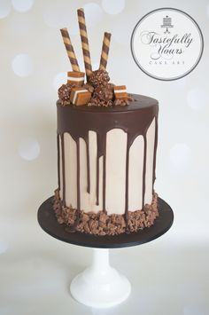 Birthday cake - Chocolate drips - by Tastefully Yours Cake Art Chocolate Birthday Cake Decoration, Birthday Cake Decorating, Chocolate Drip Cake Birthday, Chocolate Cake Designs, Chocolate Desserts, Cake Chocolate, Bolo Red Velvet, Sweet & Easy, Birthday Cake For Husband