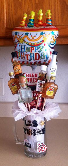 Ideas Birthday Gifts Alcohol Man Bouquet For 2019 - Happy Birthday! Birthday Present For Brother, Birthday Gifts For Husband, 21st Birthday Gifts, Diy Birthday, 21st Birthday Ideas For Guys, Birthday Basket, Birthday Bouquet, Happy Birthday, Birthday Presents